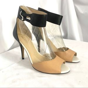 Gorg 2 tone ankle strap heels